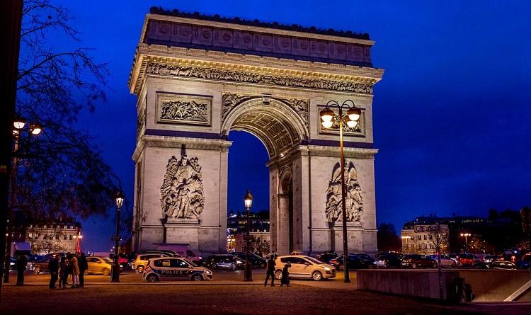 trijumfalna-kapija-slike-pariz