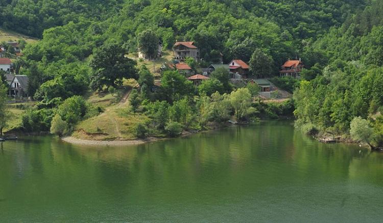 bovansko-jezero-kod-sokobanje-slike