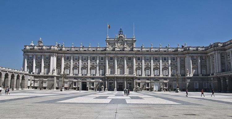 palacio-real-kraljevska-palata-u-madridu-slike