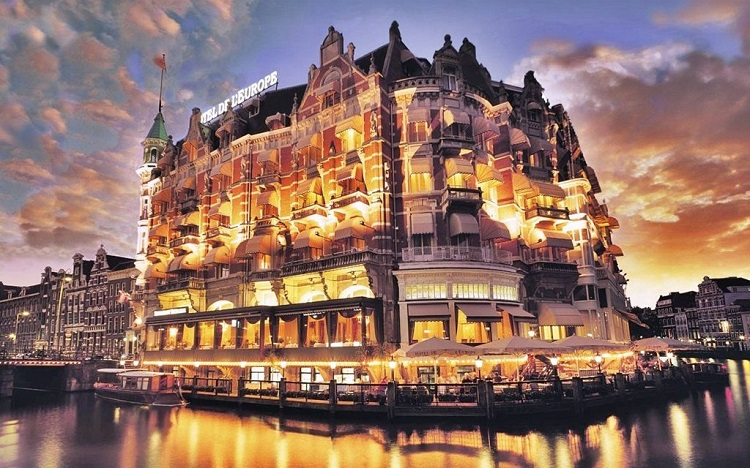 smestaj-u-amsterdamu-hoteli-i-hosteli